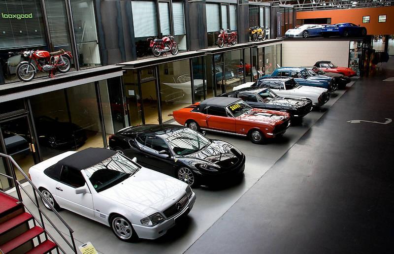the biggest garage in the world. Black Bedroom Furniture Sets. Home Design Ideas