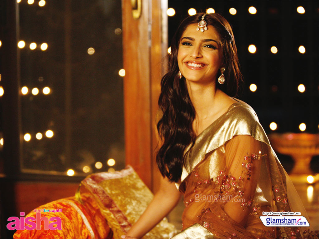 sonam kapoor movie wallpapers 2011 xcitefunnet