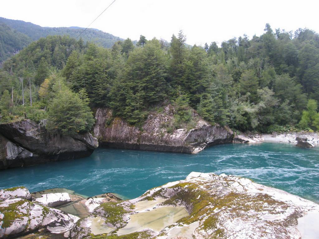 263001xcitefun futaleufuriverpic 7 - Futaleufu River-World's Beautiful River