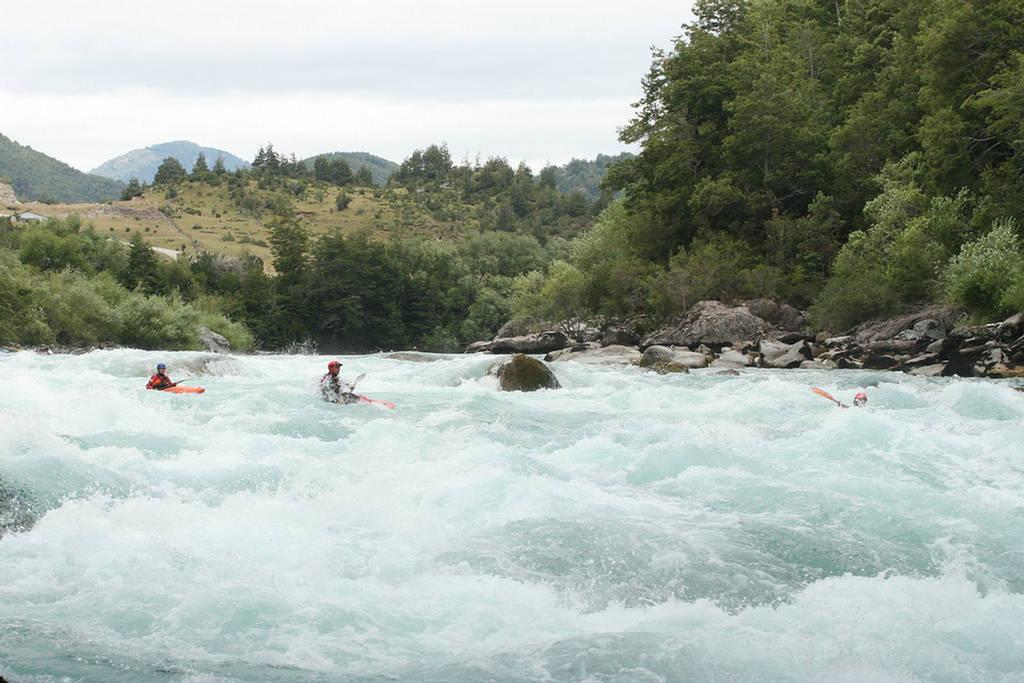 263002xcitefun futaleufuriverpic 6 - Futaleufu River-World's Beautiful River