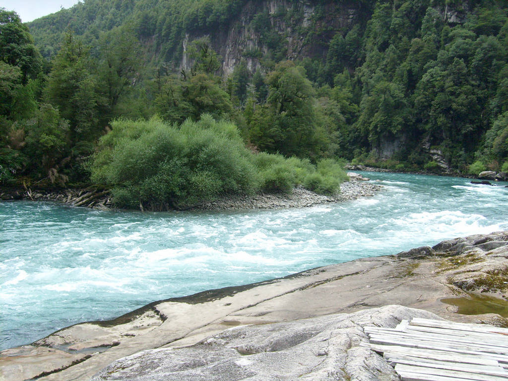 263003xcitefun futaleufuriverpic 5 - Futaleufu River-World's Beautiful River
