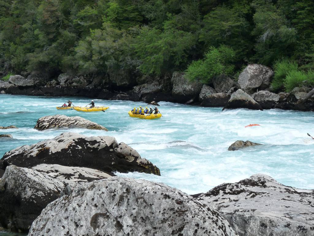 263005xcitefun futaleufuriverpic 3 - Futaleufu River-World's Beautiful River