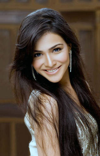 Humaima Malick  Images Gallery n Biography