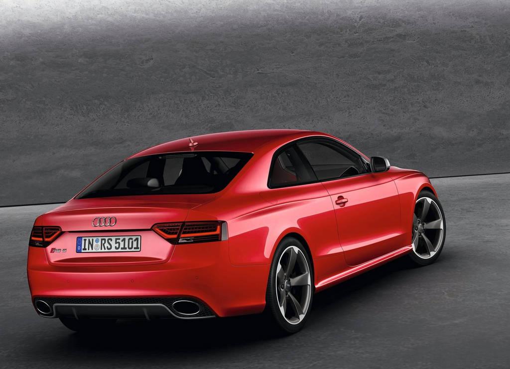 Audi RS5 Car Wallpapers 2012