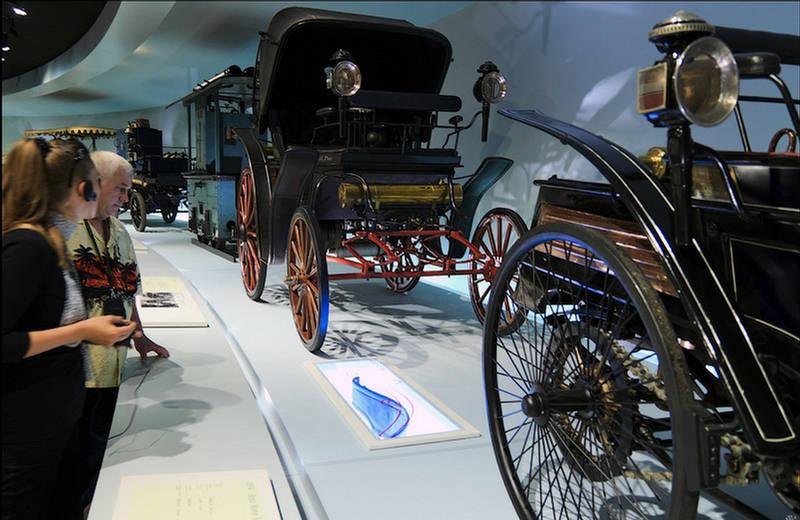 264058xcitefun mercedes benz museum 6 - Mercedes Benz Museum Germany