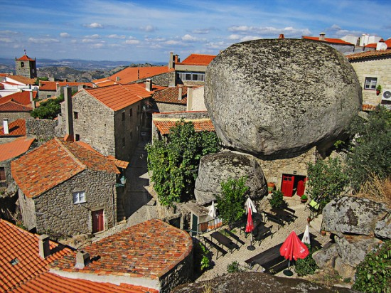 House Between Giant Boulders Monsanto Portugal
