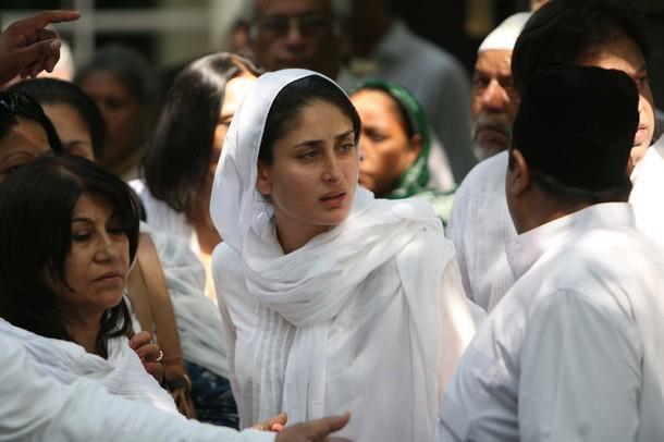 Mansoor Ali Khan Funeral Pictures - XciteFun.net