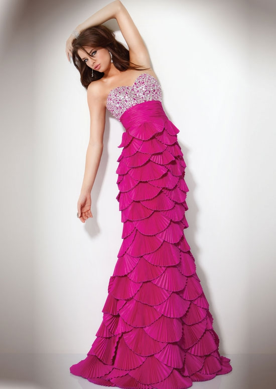 265186xcitefun expensive dressing 20 - Expensive Beautiful Stylish Dresses