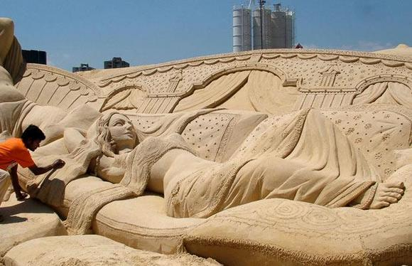 Sand Art by an Indian Part 1