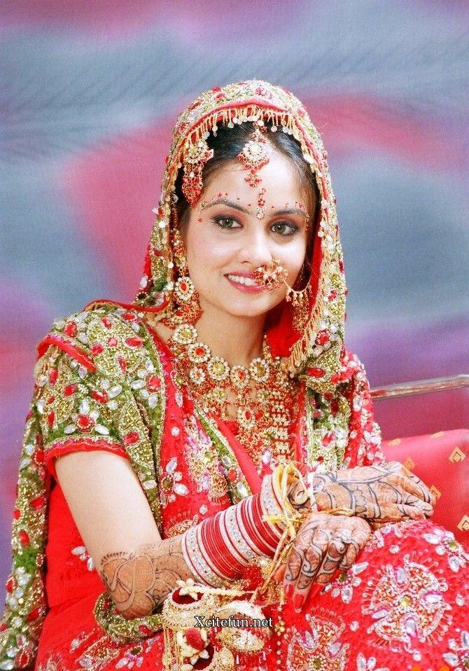 Traditional Wedding Makeup Pictures : Indian Bridal Traditional Dress jewelry And Makeup ...