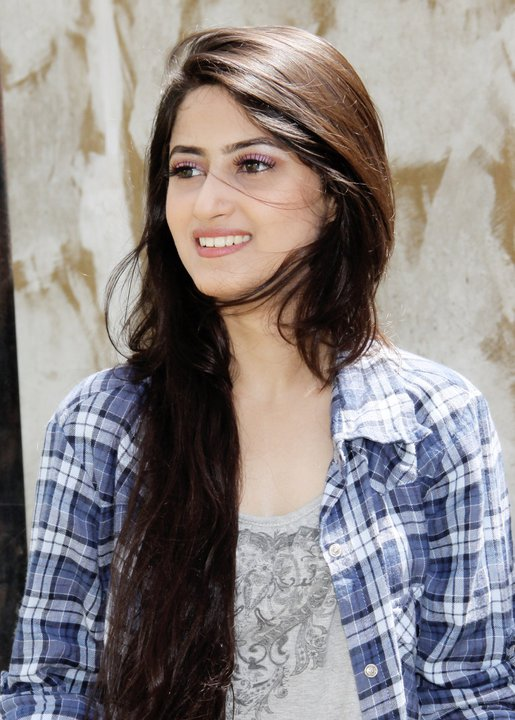 Sajal Ali - Photo Gallery - Biography - Pakistani Actress : Global ...