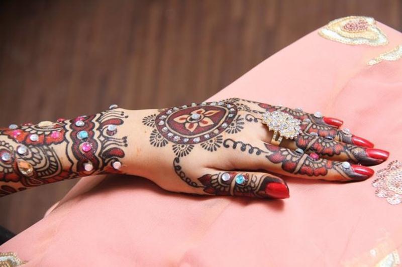 Mehndi Designs Open : Model mehndi design easy back hand domseksa