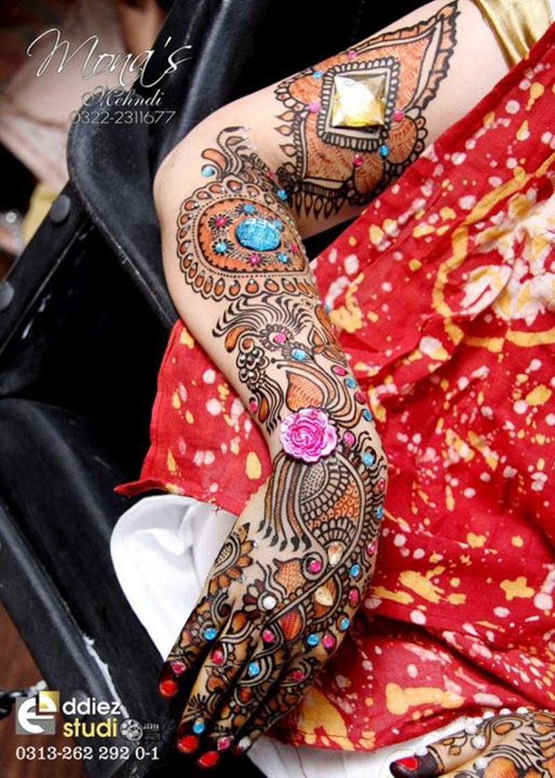 Latest Trends In Bathroom Design Styles: New Trend Bridal Paint Mehndi Designs By Mona Shekhani