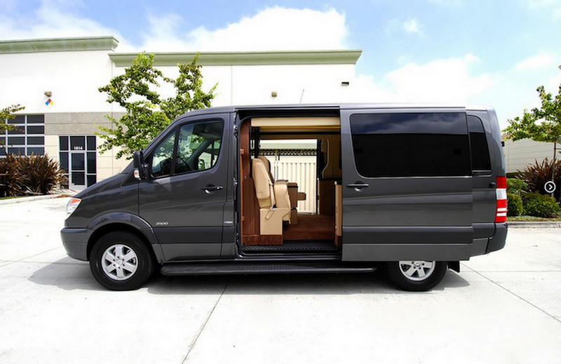 mercedes benz van shocking luxury interior. Black Bedroom Furniture Sets. Home Design Ideas
