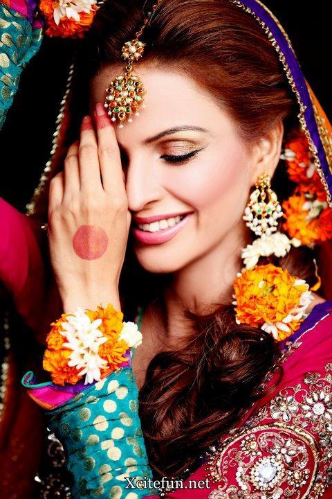Mehndi Bride Makeup : Fozia amaan mehndi barat and walima makeup xcitefun