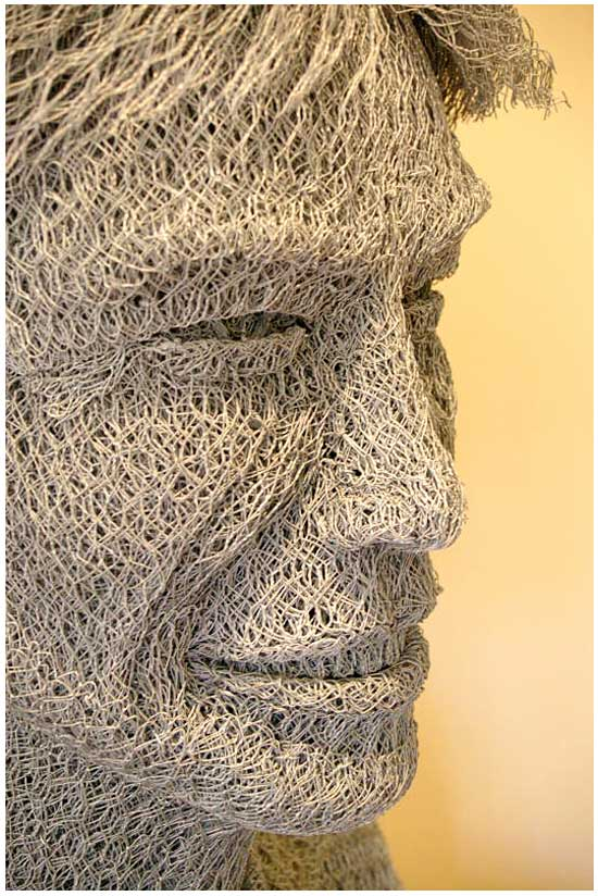 how to make chicken wire sculptures