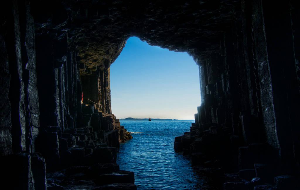 Fingals Cave Scotland  Imagery Tour