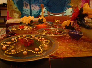 Mehndi ThaaLs and Decors