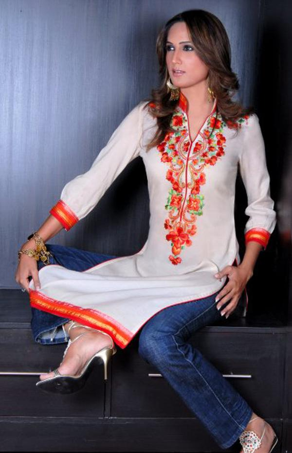 Simple MUSLIM OUTFIT, The Leading Online Shop That Sells The Best Quality, Trendy And Fashionable Islamic Clothing  To Kurtis, Muslim Outfit Is The Main Source Of Appropriate Attire That Will Bring The Wearer Into Stunning Moments Truly, By