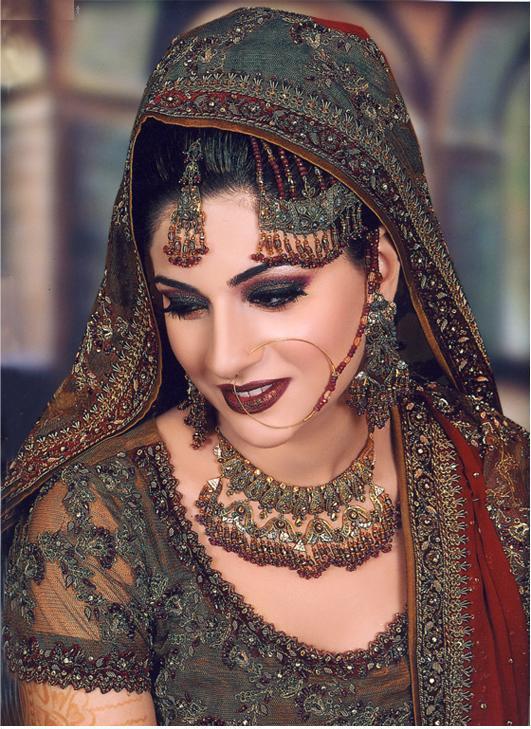 Funny Bridal Makeup : Pics Photos - Bridal Makeup Pictures Pakistani Brides
