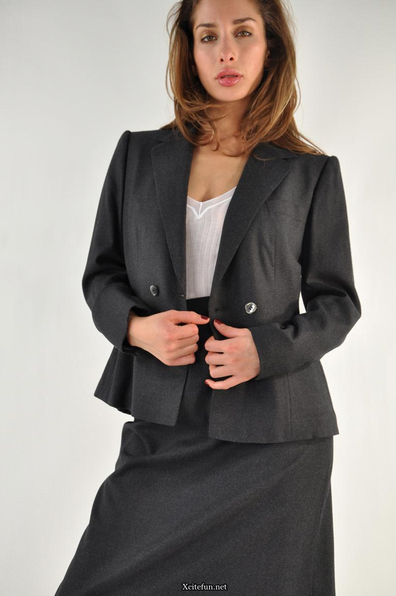 Sophisticated Office Suit For Women - XciteFun.net