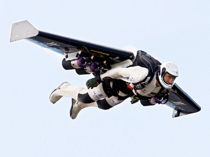 Jetman Stunts Alongside Fighter Jets
