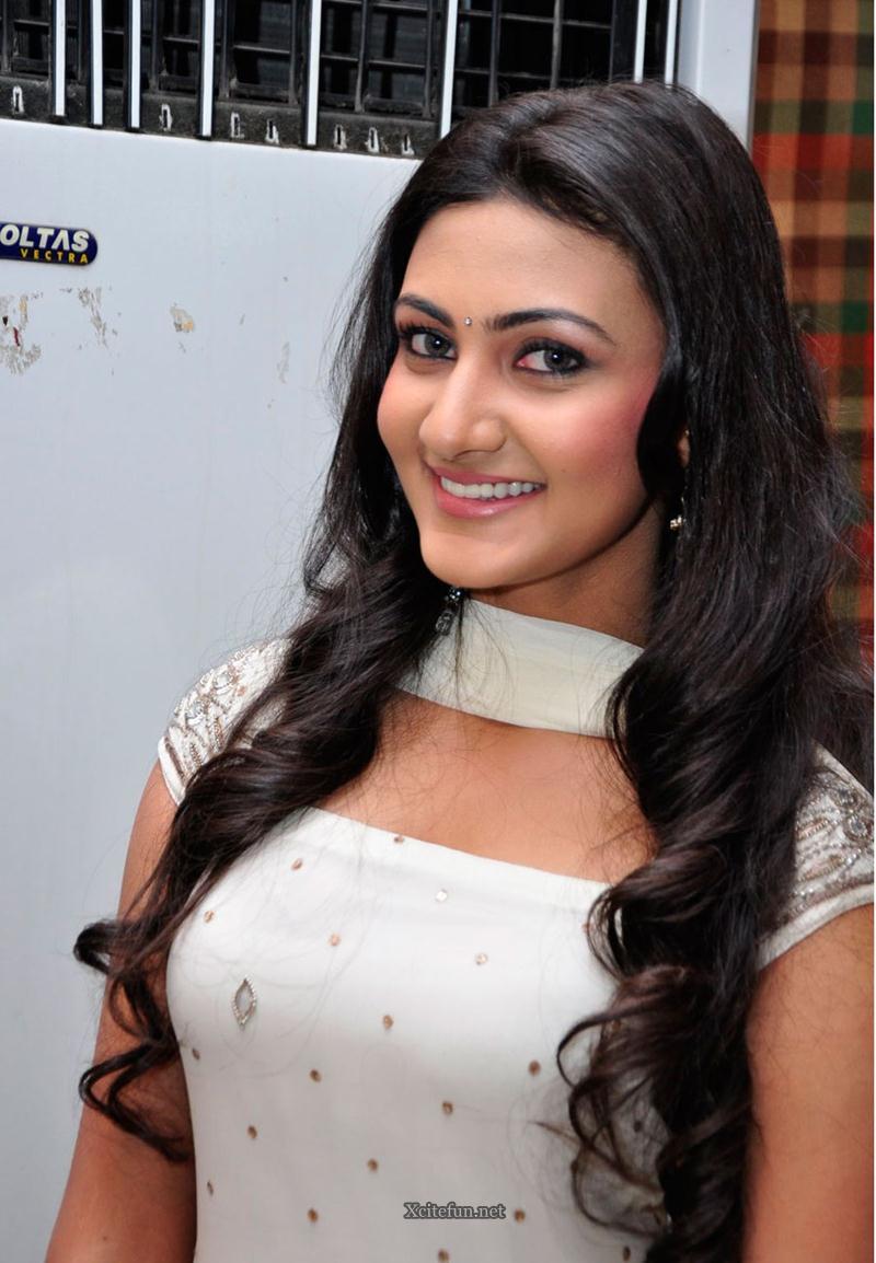 Aneela Neelam Upadhyay Beauty Face Of India