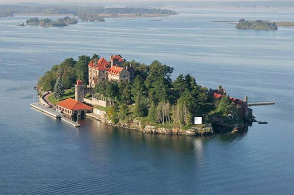 Resorts Thousand Islands Canada