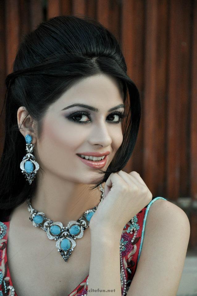 madiha iftikhar -#main