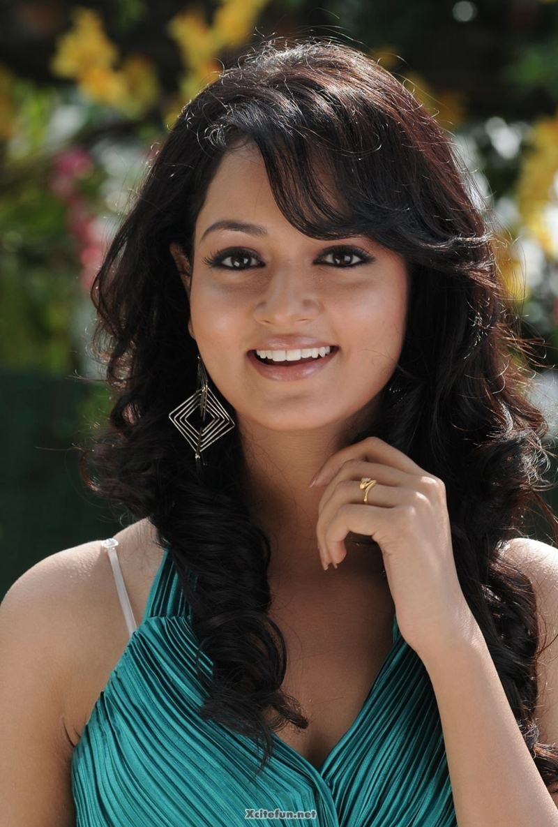 South Actress Sweet Shanvi Photos