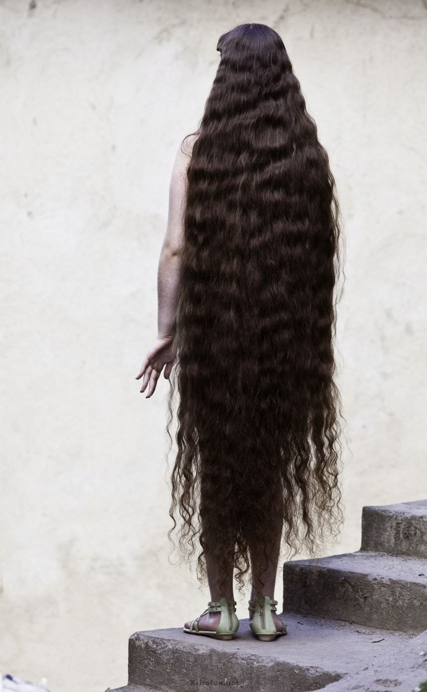 Rapunzel 12-Year Old Girl From Brazil Selling Her Longest ...