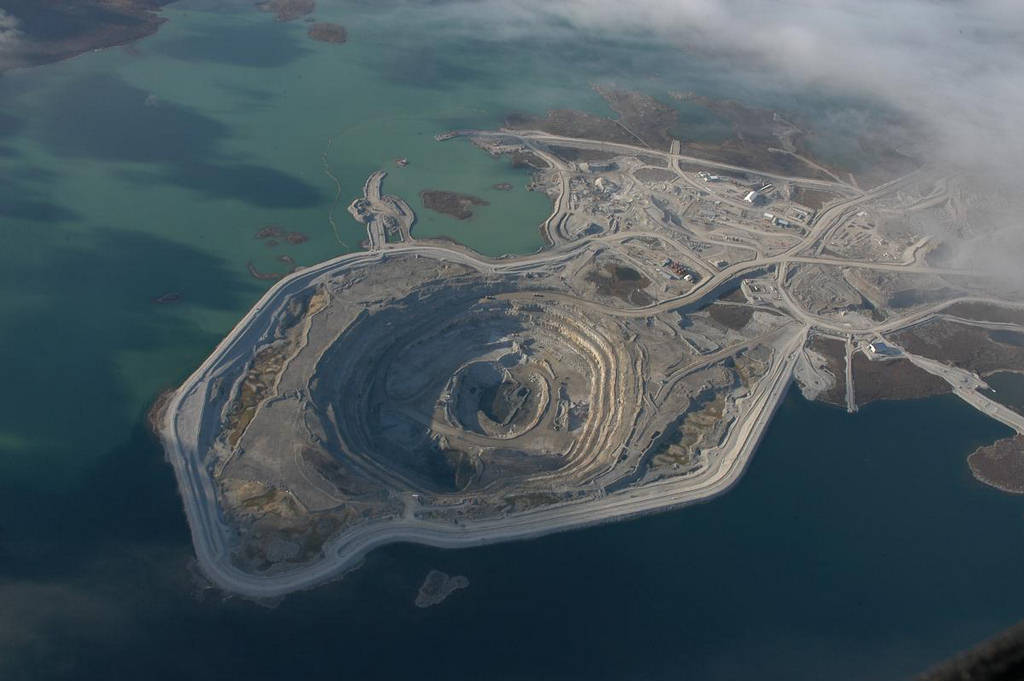 Diavik Diamond Mine - Amazing Place : Travel Tourism