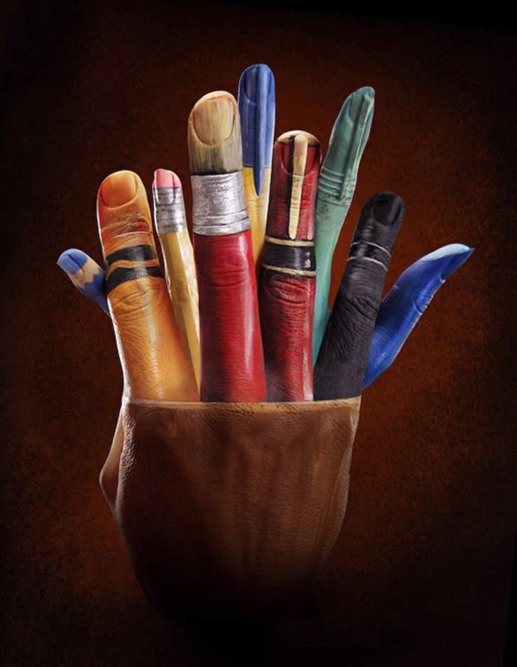 Amazing art painting on hands for Amazing hand drawings