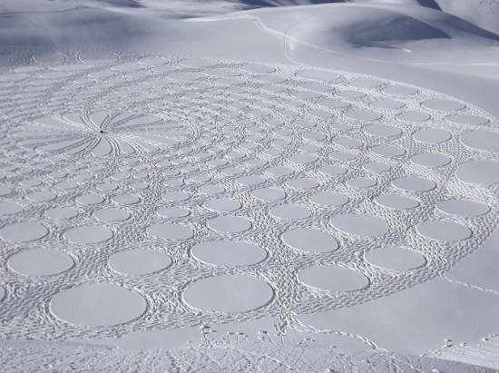 302296xcitefun snow artworks 1 - Large Scale Snow Circles - Frozen Artwork
