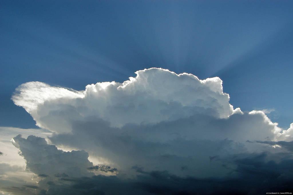 thunderhead clouds wallpaper - photo #4