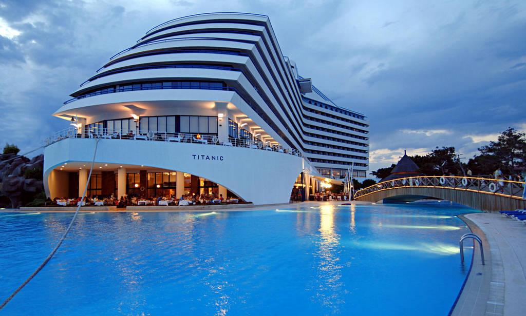 Titanic Beach Hotel Antalya