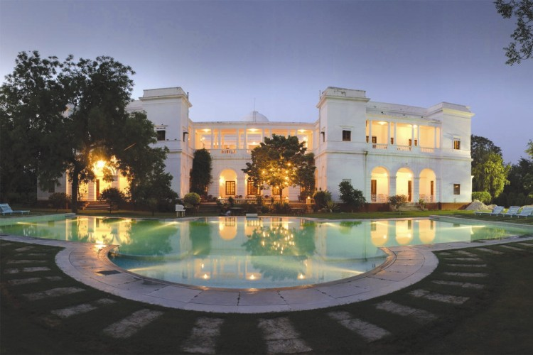 Saif Ali Khan House http://forum.xcitefun.net/the-pataudi-palace-india-t78673.html
