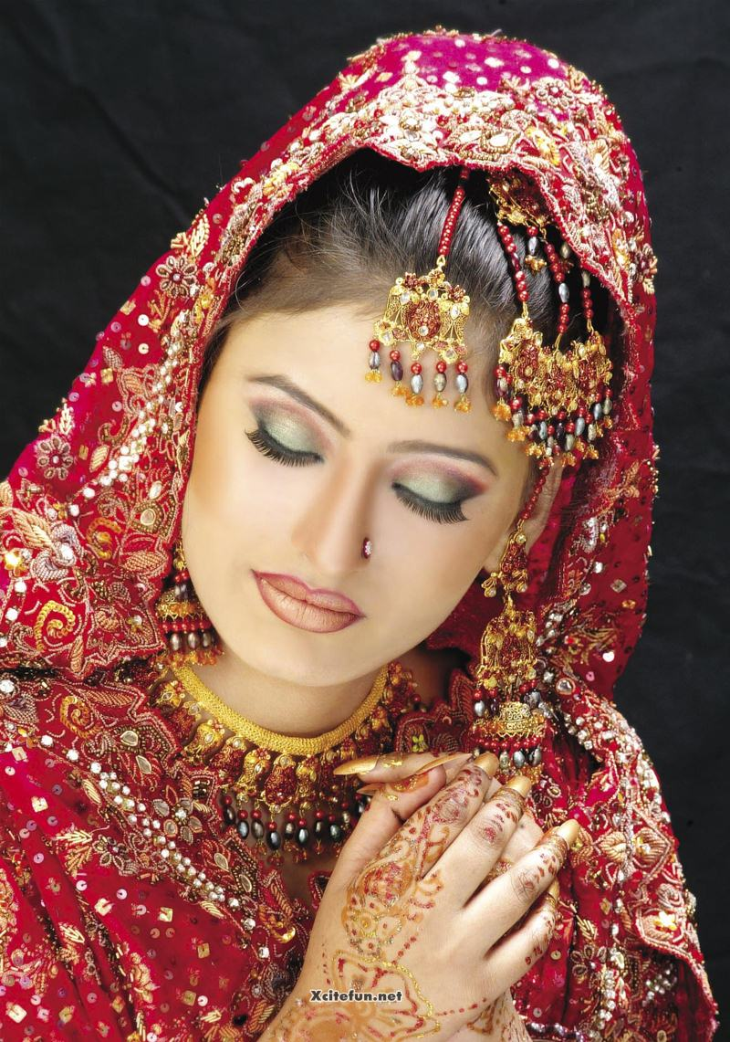 Pics Photos Bridal Makeup Jewelry And Hairstyle Pics