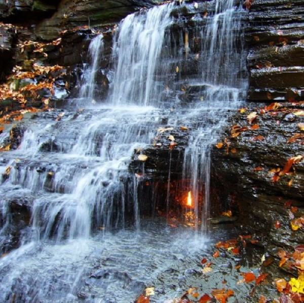 Fire Falls Unique Waterfall In New York Xcitefun Net