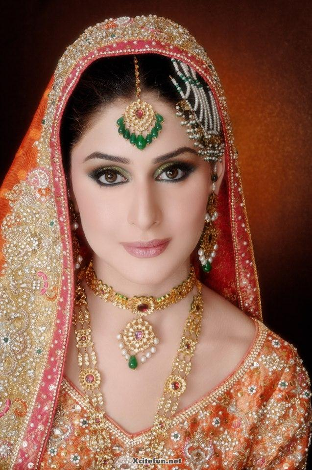 Quick Makeup For Wedding Party : Trendy Style And Makeup of Pakistani Bridal - New ...