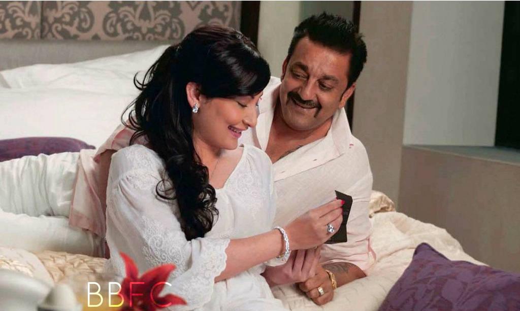 Sanjay Dutt With Wife - Romantic Stills - XciteFun.net