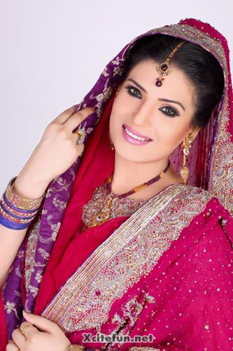 Resham Bridal PhotoShoot