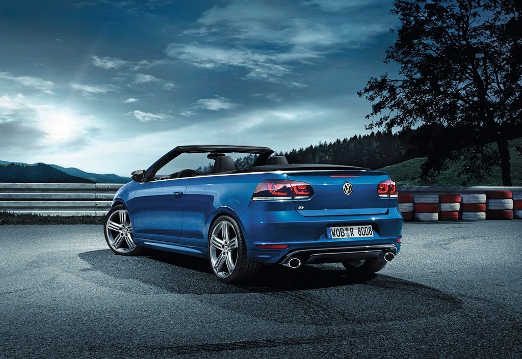 Volkswagen Golf R 2014  Car Wallpapers