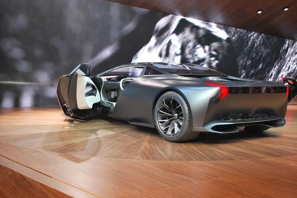 Peugeot Onyx Supercar Concept