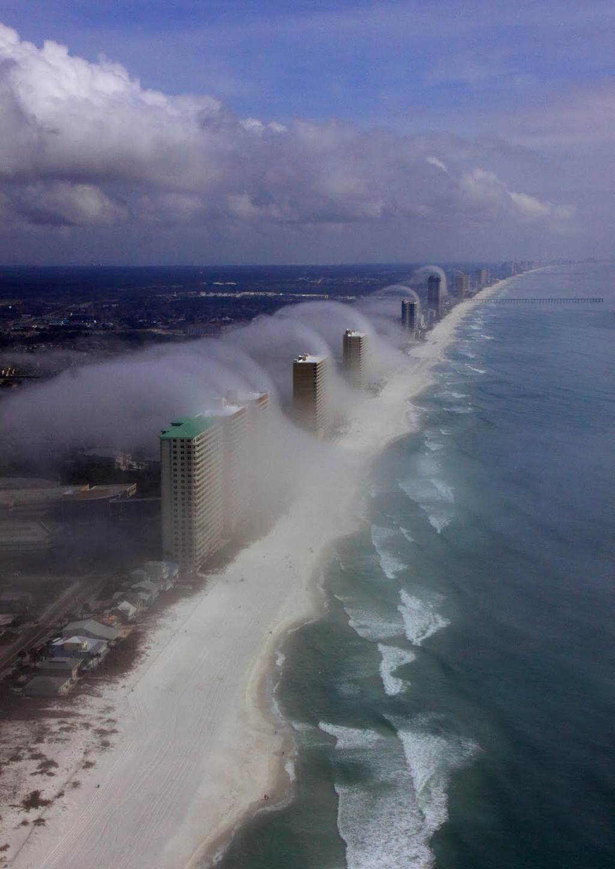 Fog Storm Hits Panama City - XciteFun.net