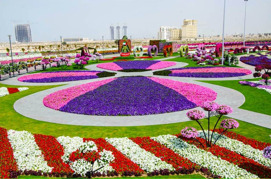 Dubai Miracle Garden World Biggest Flower Garden