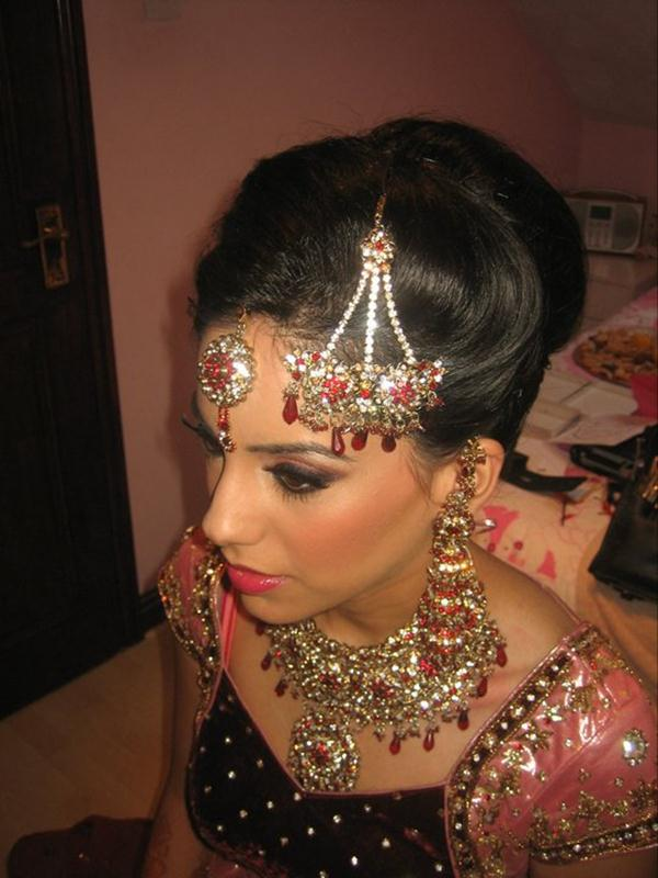 Asian Bridal Hairstyle : Asian bridal bun and tail hairstyle