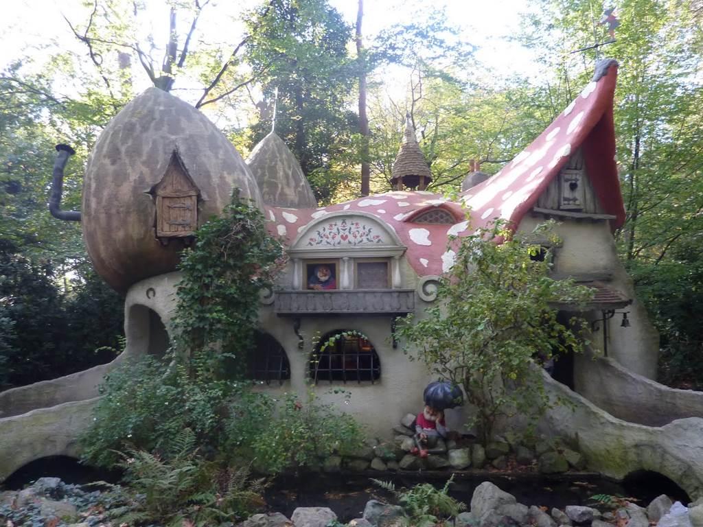 Efteling magical theme park netherlands for Amusement park netherlands