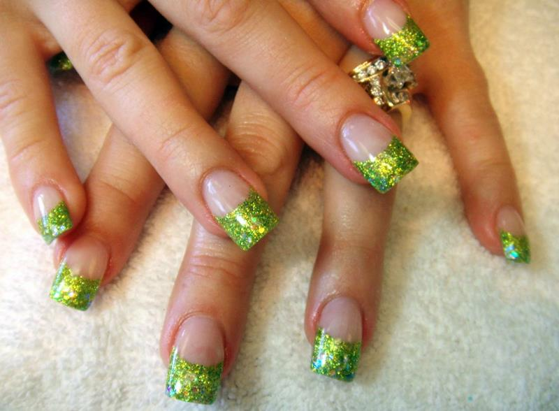 Green Nail Art Designs 7