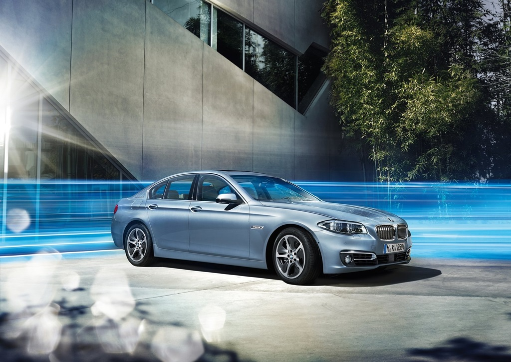 BMW 5 ActiveHybrid 2014  Car Wallpapers